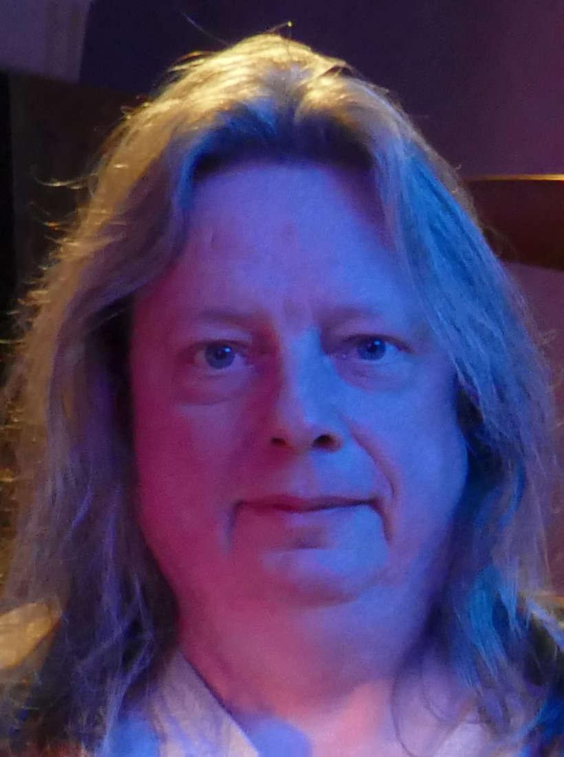 Martin (Bass)